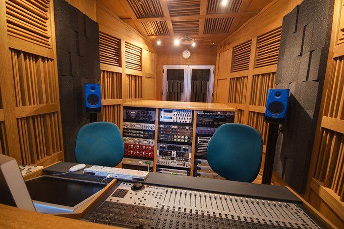 acoustic diffuser for recording studio.jpg